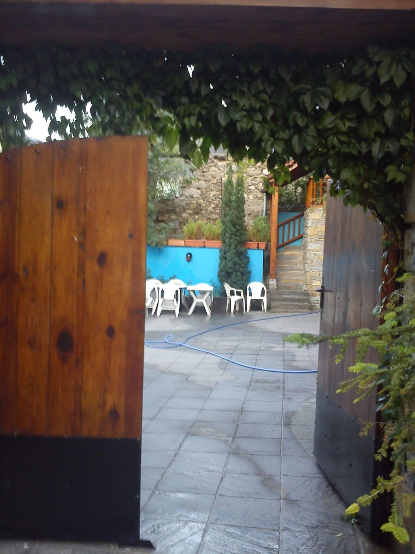 Entrada patio